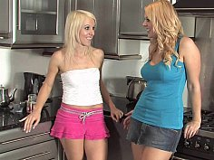 Blondes kinky in the kitchen