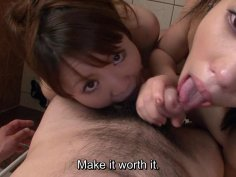 Uncensored JAV schoolgirl shower blowjob Subtitles